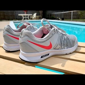 Nike Air Relentless 6 ( Ladies )